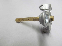 IHC Carburetor Throttle Shaft
