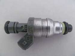 Mercedes Benz Fuel Injector