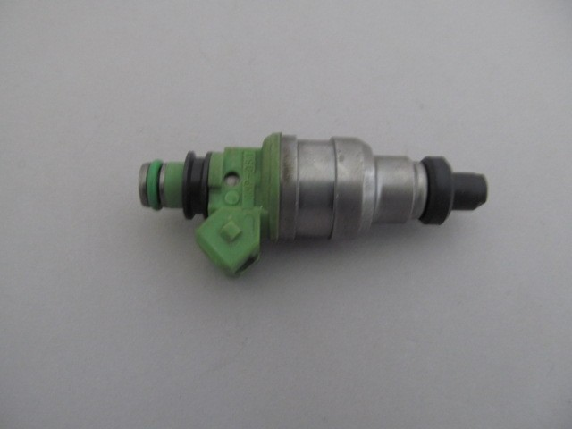 Denso Fuel Injector - Ford, Dodge, Mitsubishi